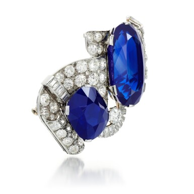 View 2. Thumbnail of Lot 179. Important sapphire and diamond brooch, 1930s | 藍寶石配鑽石別針,1930年代.