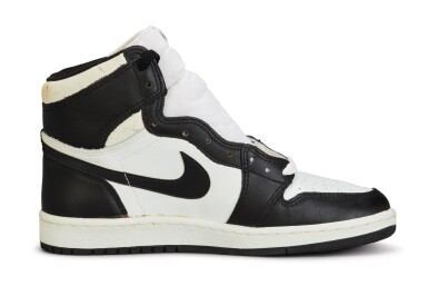 View 5. Thumbnail of Lot 11. Nike Air Jordan 1 High OG (1985) 'Black & White'  Size 8.5.