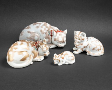 View 1. Thumbnail of Lot 255. Ensemble de six statuettes de chats en porcelaine de kutani Japon, époque Meiji et postérieure | 日本 明治時期及更晩期 九谷燒貓一組六件 | A group of six Kutani models of cats, Japan, Meiji period and later.