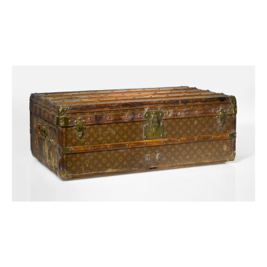 LOUIS VUITTON | STEAMER TRUNK POSSIBLY FROM THE COLLECTION OF LOUIS COMFORT TIFFANY
