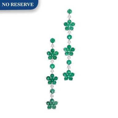 View 1. Thumbnail of Lot 713. Graff | Pair of emerald and diamond pendent earrings | 格拉夫 | 祖母綠配鑽石耳墜一對.