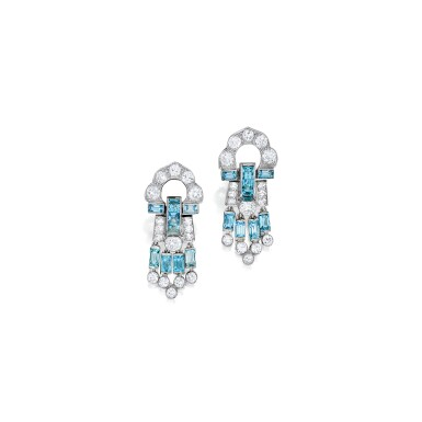 PAIR OF AQUAMARINE AND DIAMOND EARCLIPS, CARTIER | 海水藍寶配鑽石耳環一對,卡地亞