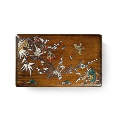 View 3. Thumbnail of Lot 122. An embellished 'huanghuali' box and cover, Qing dynasty, 17th / 18th century   清十七 / 十八世紀 黃花梨嵌寶花蝶圖蓋盒.