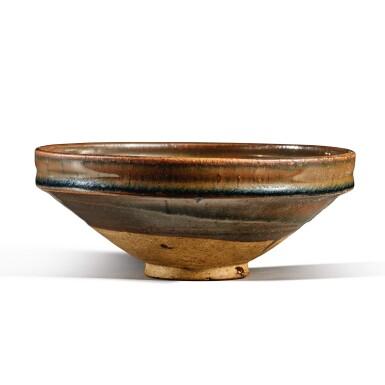 View 4. Thumbnail of Lot 103. A russet-splashed black-glazed bowl, Jin / Yuan dynasty | 金 / 元 黑釉醬斑盌.