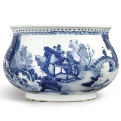 View 4. Thumbnail of Lot 142. A blue and white 'landscape' censer, Qing dynasty, Kangxi period | 清康熙 青花山水人物圖爐  《大明成化年製》仿款.