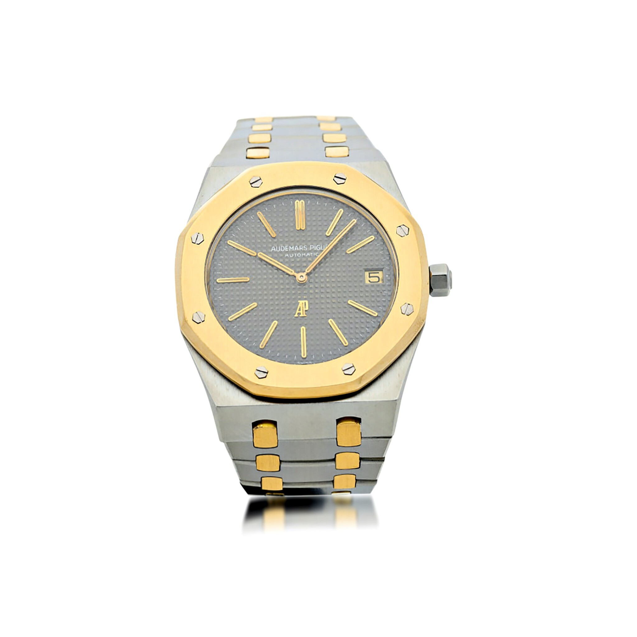 View full screen - View 1 of Lot 11. REFERENCE 5402 JUMBO ROYAL OAK A YELLOW GOLD AND STAINLESS STEEL AUTOMATIC WRISTWATCH WITH DATE AND BRACELET, CIRCA 1975  .