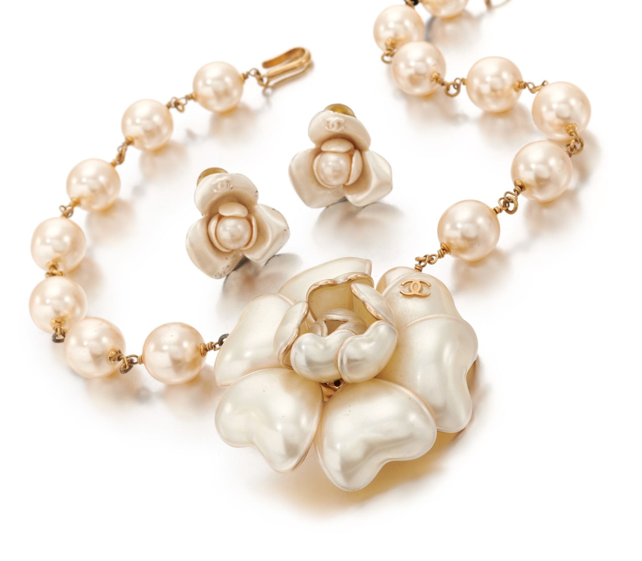 Camellia necklace and pair of earclips
