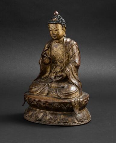 View 2. Thumbnail of Lot 51. Grande Statue de Bouddha en bronze laqué doré Probablement fin de la dynastie Ming, XVIE-XVIIE siècle | 或為明十六至十七世紀 漆金佛坐像 | A large lacquer-gilt bronze figure of Buddha, probably Ming Dynasty, 16th-17th century.