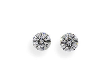 A Pair of 0.53 and 0.51 Carat Round Diamonds, E Color, VS1 and VS2 Clarity