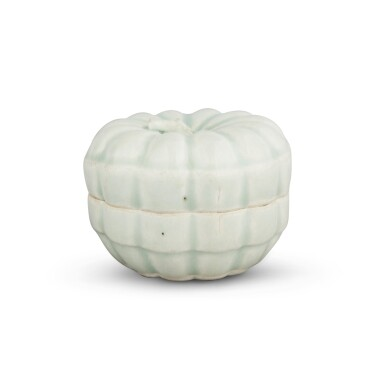 View 4. Thumbnail of Lot 191. A 'Qingbai' melon-form box and cover, Southern Song dynasty | 南宋 青白釉瓜棱式蓋盒.