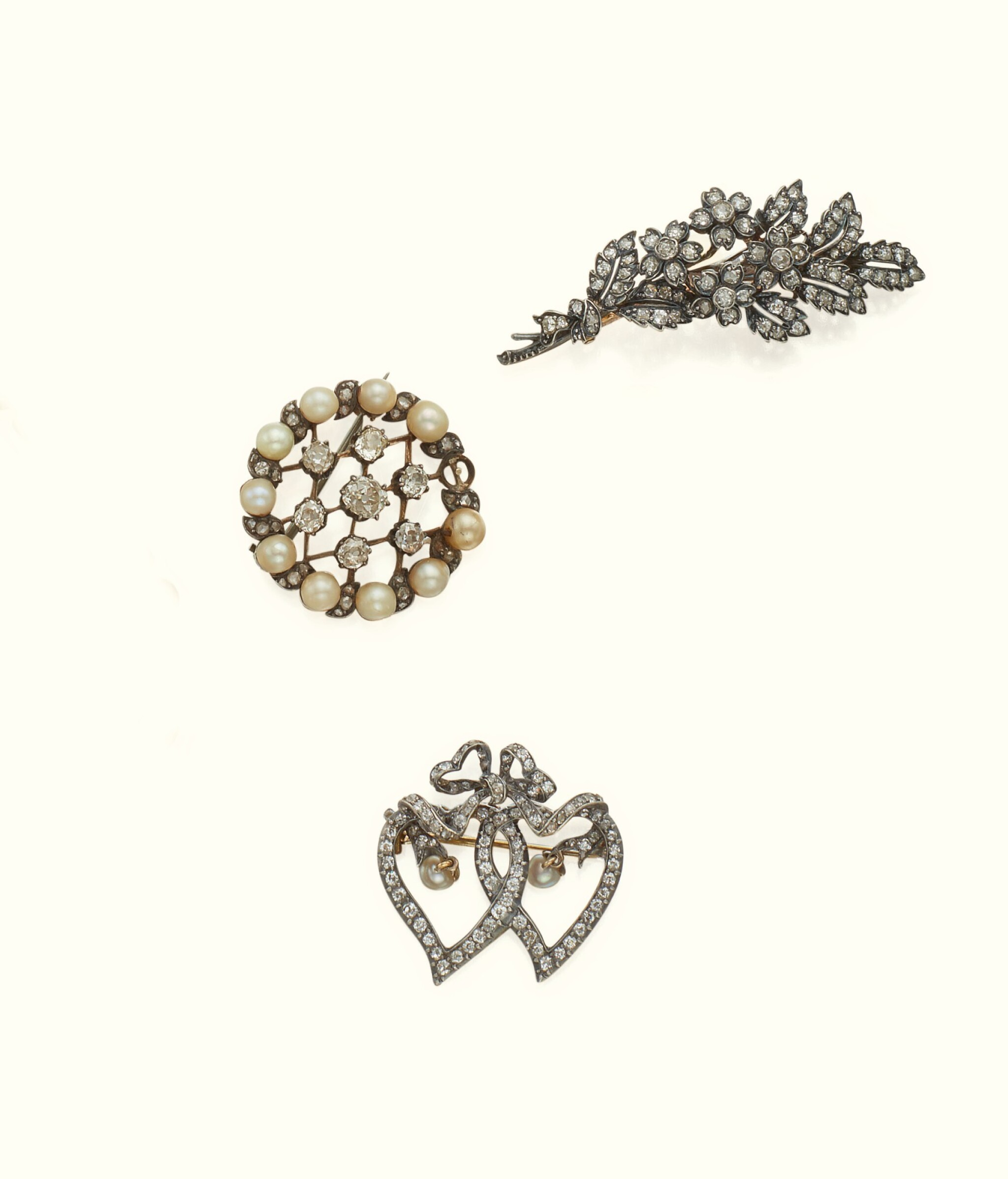 View full screen - View 1 of Lot 43. THREE VICTORIAN DIAMOND BROOCHES, LATE 19TH CENTURY.