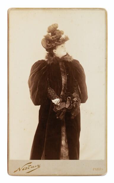View 2. Thumbnail of Lot 135. 2 portraits photographiques de Méry Laurent. Tirages d'époque, fixés sur carton.