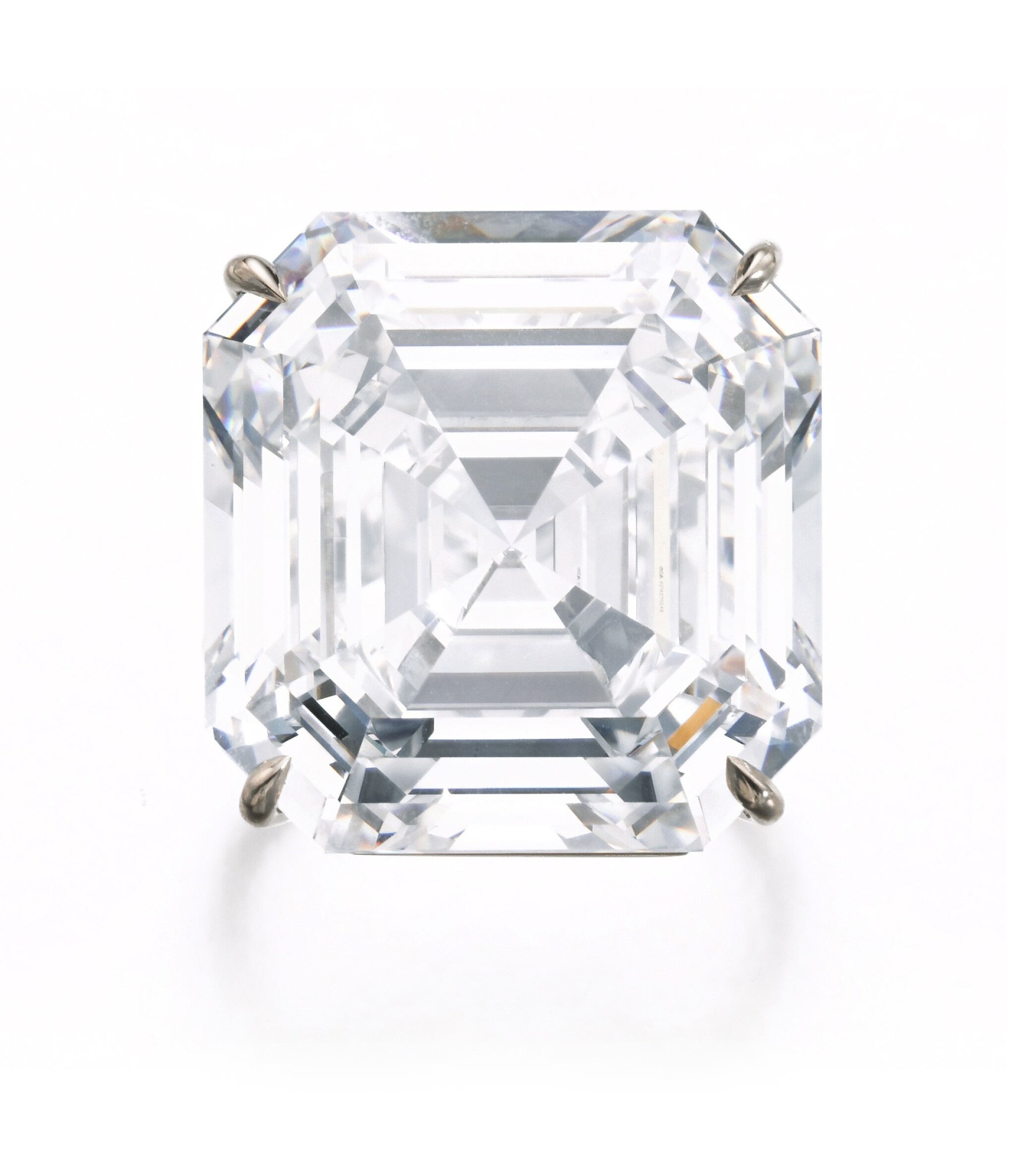 View full screen - View 1 of Lot 122. Exceptional diamond ring | 鑽石戒指.