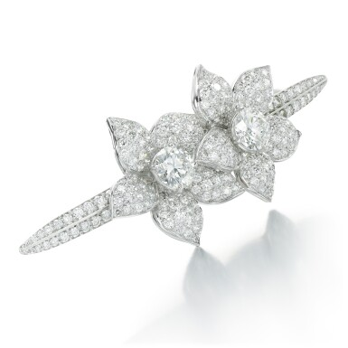 View 2. Thumbnail of Lot 33. GRAFF | DIAMOND HAIR SLIDE.