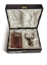 GLENFIDDICH STAG'S HEAD DECANTER  30 YEAR OLD 43.0 ABV NV