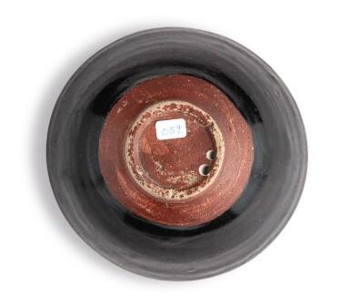 View 6. Thumbnail of Lot 102. A 'Jizhou' 'papercut' bowl, Southern Song dynasty | 南宋 吉州窰剪紙貼花梅花紋盌.