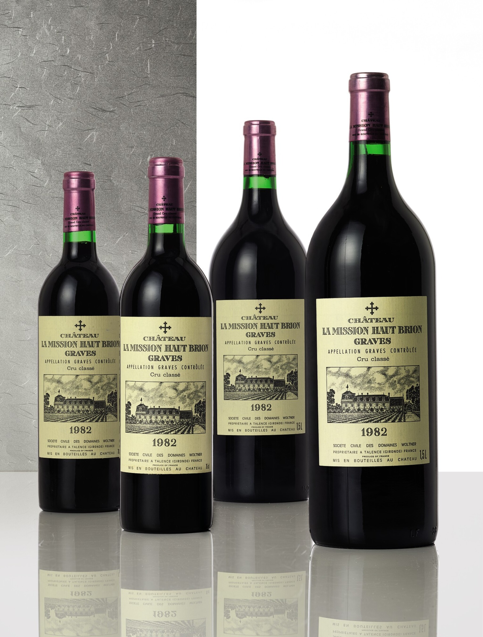 View full screen - View 1 of Lot 3342. Château La Mission Haut-Brion 1982  (3 MAG).