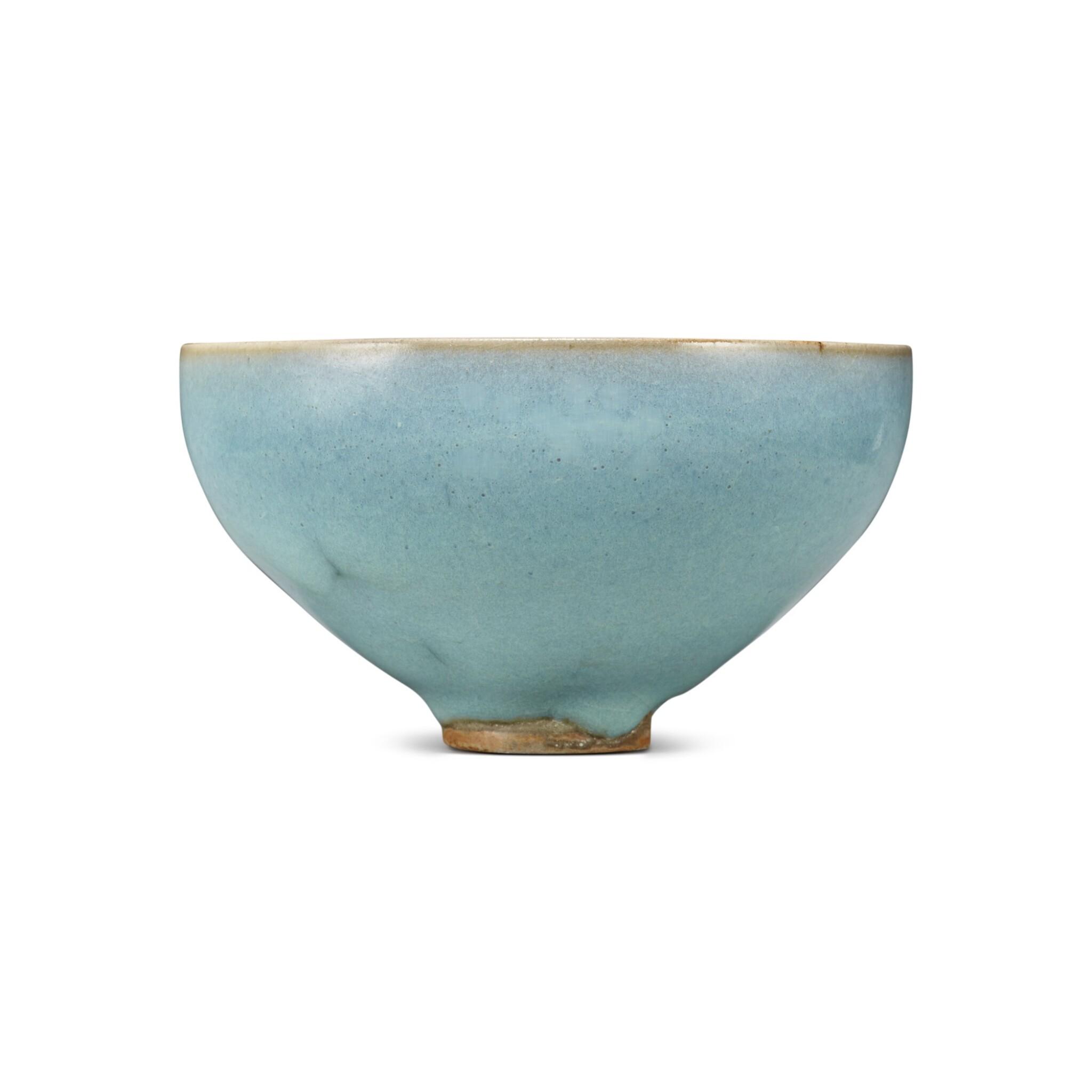 View full screen - View 1 of Lot 193. A 'Jun' deep bowl, Northern Song / Jin dynasty | 北宋 / 金 鈞窰天藍釉盌.