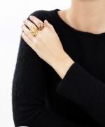 Two rings [Deux bagues]