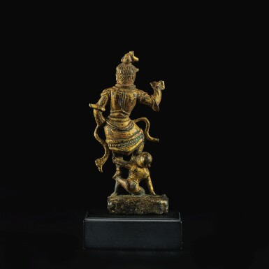 View 3. Thumbnail of Lot 599. A SMALL GILT-BRONZE FIGURE OF A GUARDIAN,  TANG DYNASTY.
