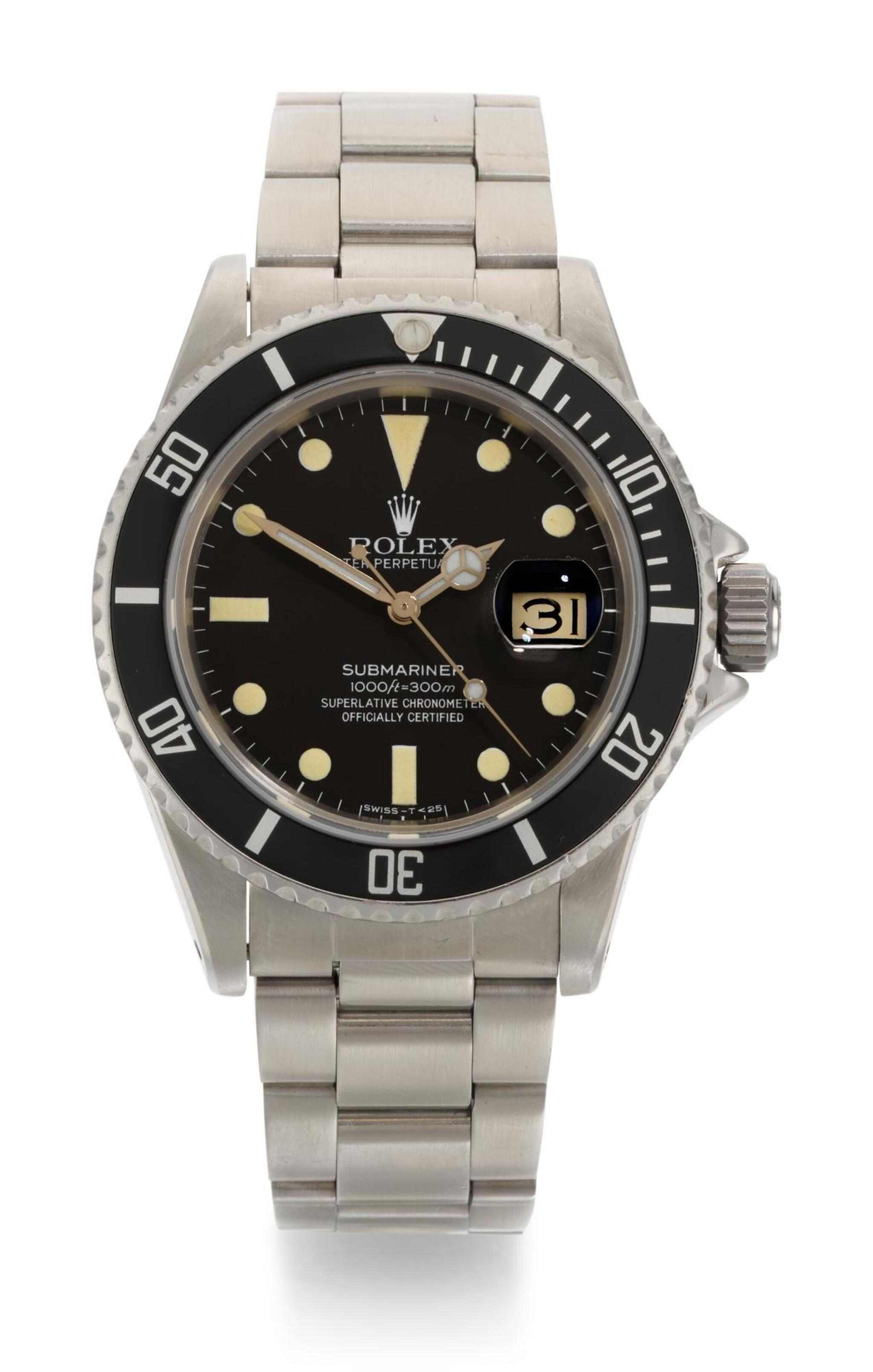 View full screen - View 1 of Lot 5. ROLEX | SUBMARINER, REFERENCE 16800,  STAINLESS STEEL WRISTWATCH WITH DATE AND BRACELET, CIRCA 1980.