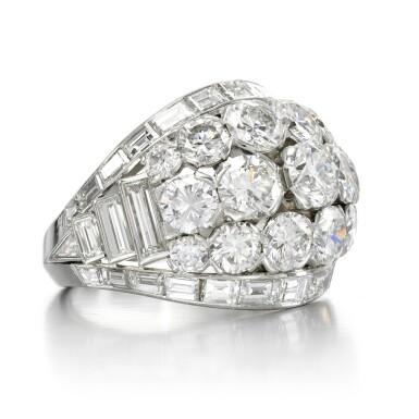 View 2. Thumbnail of Lot 156. Diamond ring.