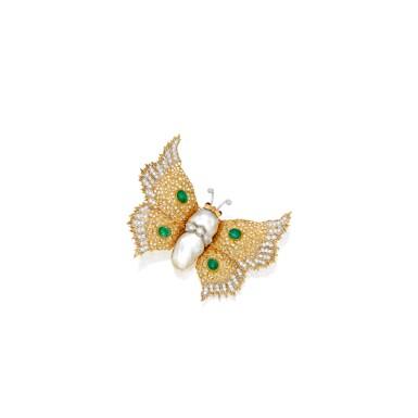 GOLD, CULTURED PEARL, EMERALD, RUBY AND DIAMOND BROOCH, BUCCELLATI | 黃金鑲養殖珍珠配祖母綠、紅寶石及鑽石別針,Buccellati