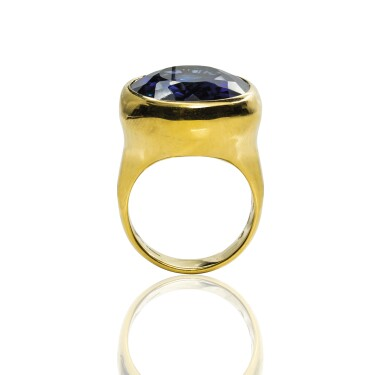Gold and synthetic sapphire ring, Michele della Valle