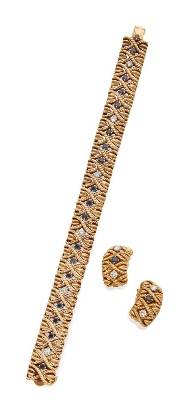 PAIR OF GOLD, SAPPHIRE AND DIAMOND EARCLIPS AND BRACELET, VAN CLEEF & ARPELS, FRANCE
