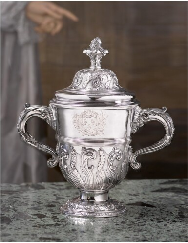 A GEORGE II SILVER CUP AND COVER, PAUL DE LAMERIE, LONDON, 1740