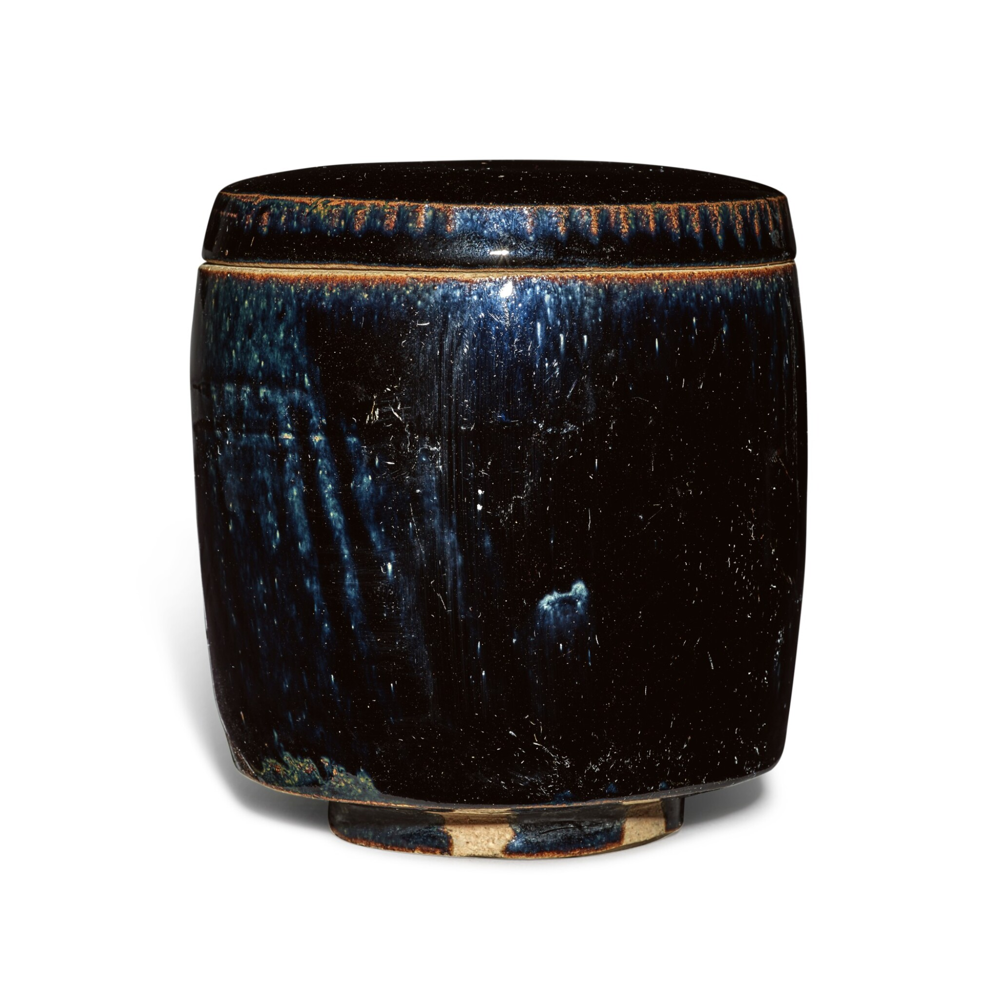View full screen - View 1 of Lot 198. A black-glazed cylindrical jar and cover, Northern Song / Jin dynasty | 北宋 / 金 黑釉蓋罐.