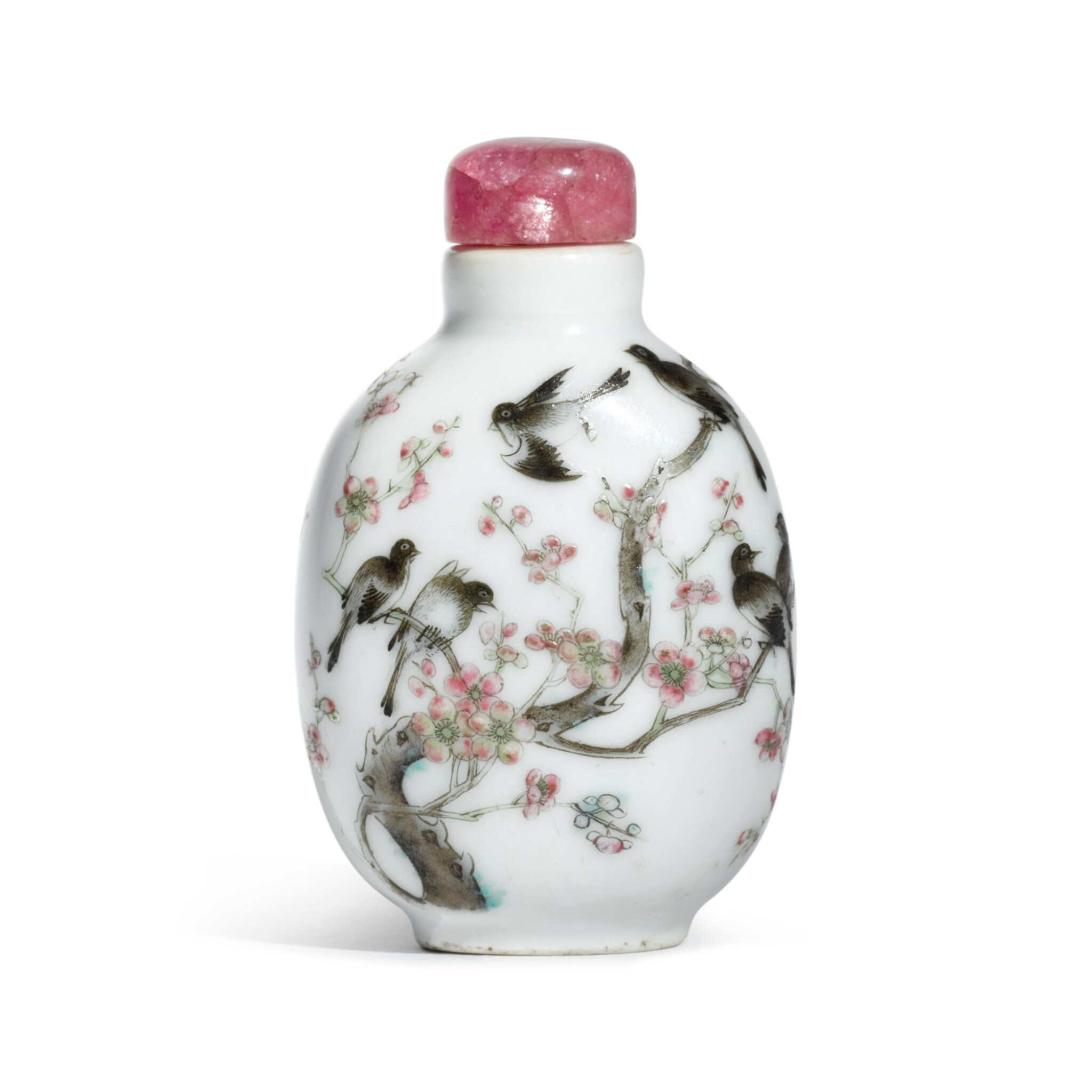 View full screen - View 1 of Lot 66. A famille-rose 'magpie and prunus' snuff bottle, Mark and period of Jiaqing | 清嘉慶 粉彩喜上梅稍圖鼻煙壺 《嘉慶年製》款.