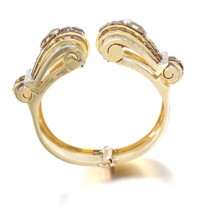 View 3. Thumbnail of Lot 695. Janesich | Pair of citrine and diamond clips/bangle combination, circa 1940 | Janesich | 黃水晶配鑽石別針/手鐲組合一對,約1940年.