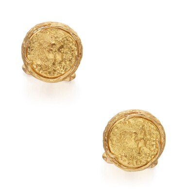 PAIR OF GOLD CUFFLINKS, SALVADOR DALÍ FOR PIAGET