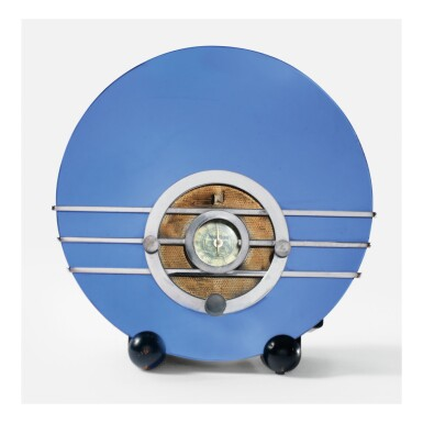 "WALTER DORWIN TEAGUE | ""BLUEBIRD"" RADIO, MODEL NO. 566"