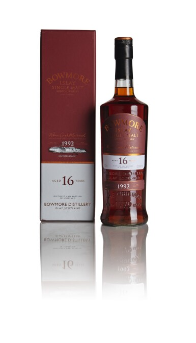 BOWMORE 16 YEAR OLD WINE CASK MATURED 53.5 ABV 1992