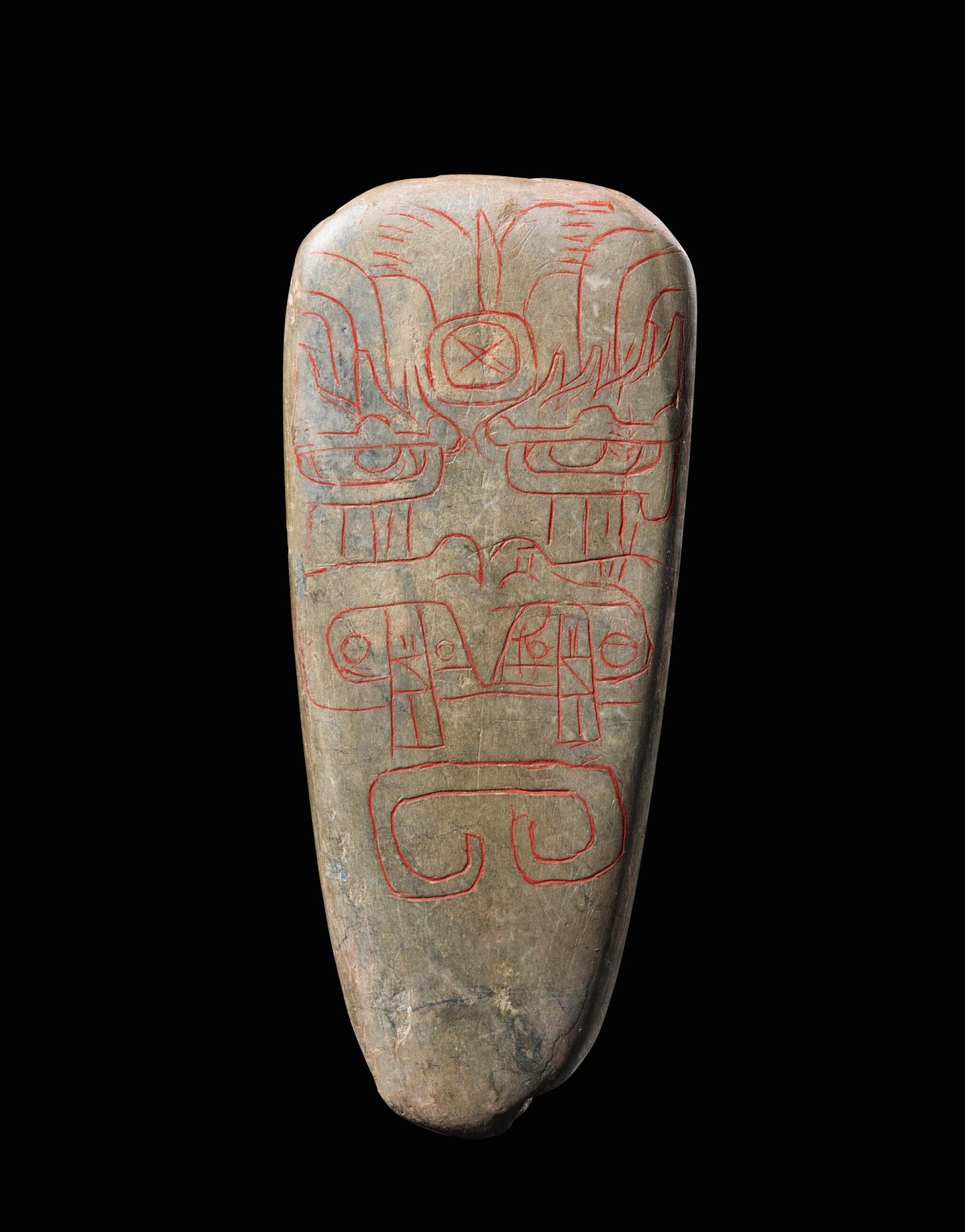View full screen - View 1 of Lot 5. Lame de hache, Culture Olmèque, Préclassique Moyen, 900-600 AV. J.-C.   Olmec incised celt, Middle Preclassic, 900-600 BC.
