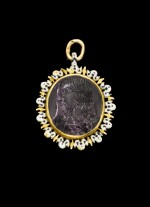 ATTRIBUTED TO JEAN VANGROL  FRENCH, PARIS, CIRCA 1640 | PENDANT WITH A DOUBLE SIDED CAMEO WITH JESUS CHRIST AND THE VIRGIN MARY