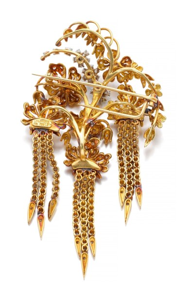 GOLD AND DIAMOND BROOCH   ILIAS LALAOUNIS