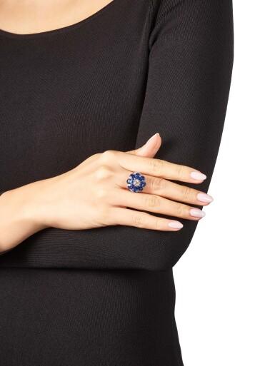 View 4. Thumbnail of Lot 1021. Diamond and Sapphire Ring | 格拉夫| 鑽石 配 藍寶石 戒指 (鑽石及藍寶石共重約2.10及6.20克拉).