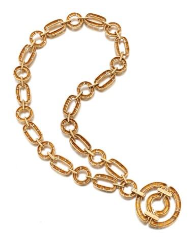 View 5. Thumbnail of Lot 90. Diamond Pendant-necklace (Collana con pendente in diamanti).