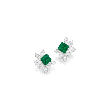 PAIR OF EMERALD AND DIAMOND EARCLIPS, HARRY WINSTON | 祖母綠配鑽石耳環一對,海瑞溫斯頓