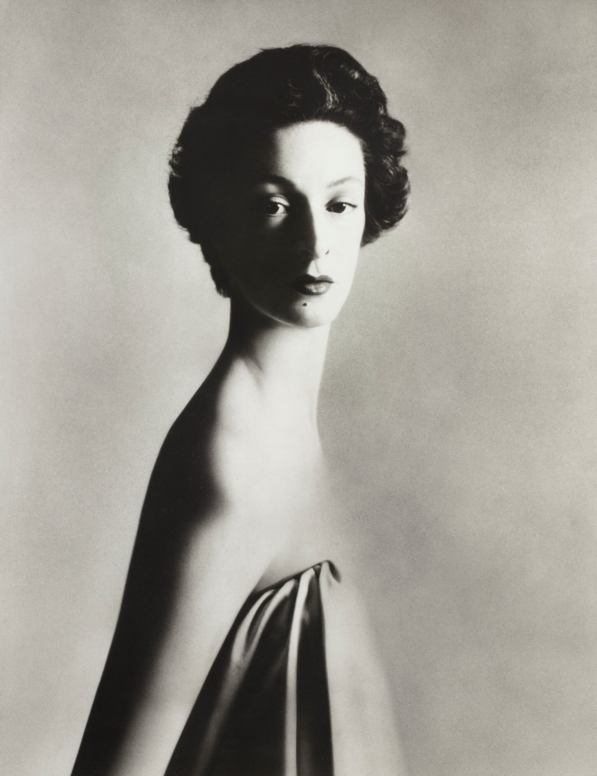 View full screen - View 1 of Lot 6. Marella Agnelli, NYC, 1953.