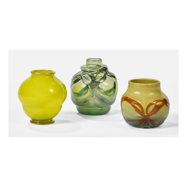 TIFFANY STUDIOS | BLOWN-OUT CABINET VASE