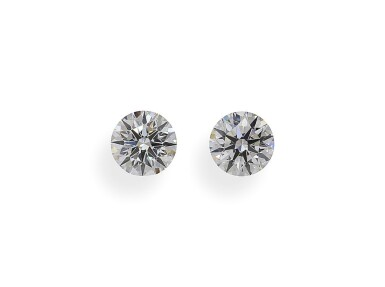 A Pair of 0.50 Carat Round Diamonds, G Color, VS1 and VS2 Clarity