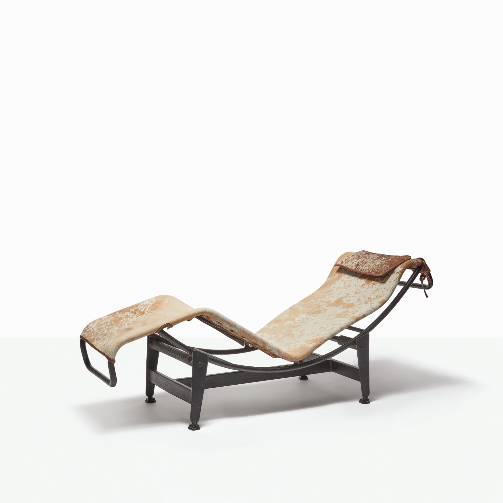 LE CORBUSIER, CHARLOTTE PERRIAND AND PIERRE JEANNERET  CHAISE