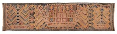 "View 4. Thumbnail of Lot 21. Tissu cérémoniel ""à jonques"" palepai, Lampung, Sumatra, Indonésie, 19e siècle | Ceremonial hanging ""ship cloth"" palepai, Lampung, Sumatra, Indonesia, 19th century."