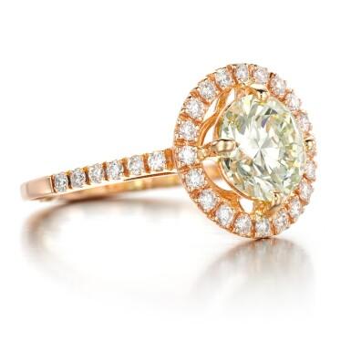 View 2. Thumbnail of Lot 53. Diamond ring.