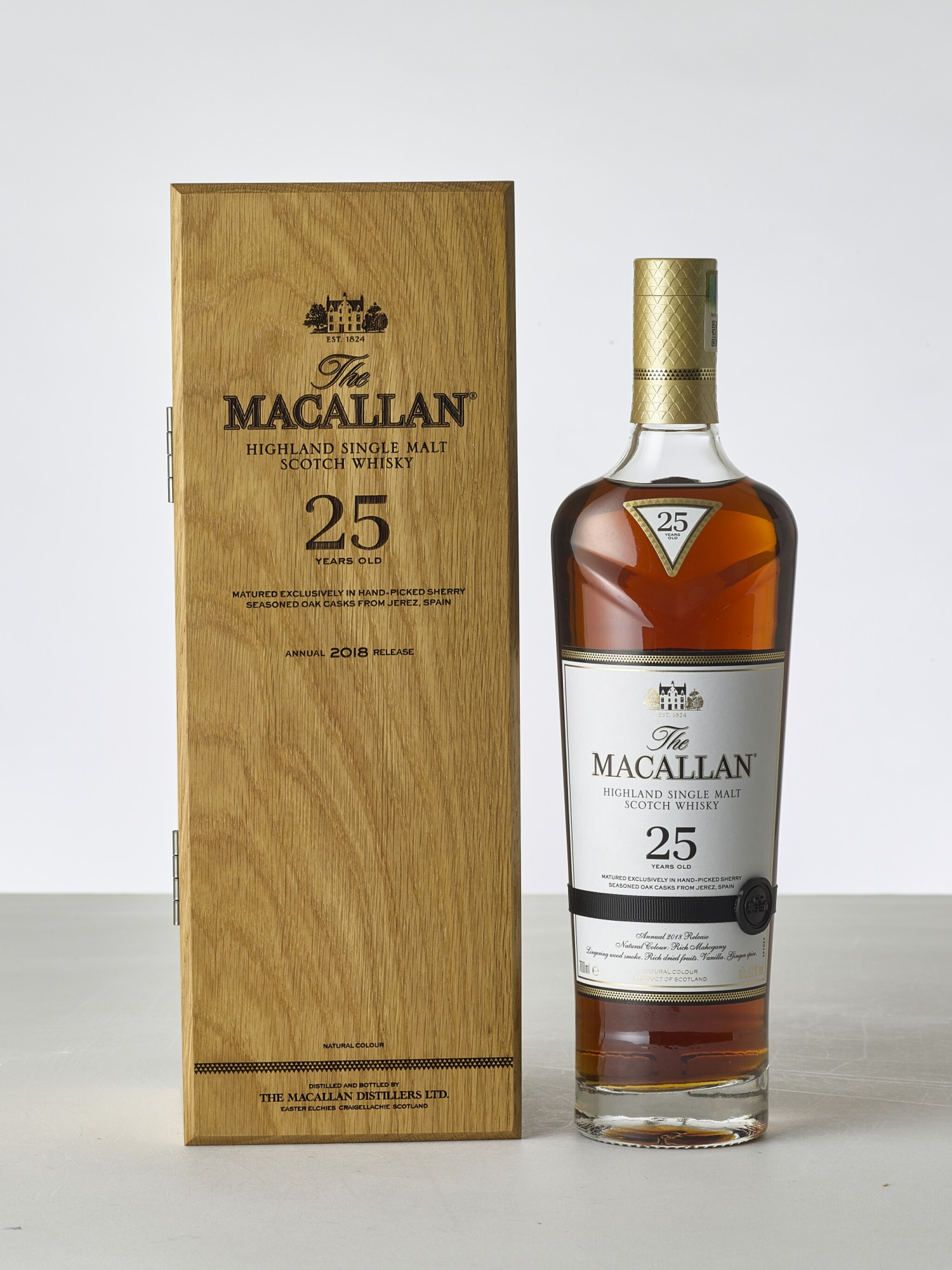 View 1 of Lot 2025. Macallan, 25 Year Old Sherry Cask NV (1 BT70).