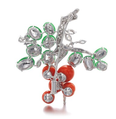 View 3. Thumbnail of Lot 625. Jadeite, coral and diamond brooch | 翡翠配珊瑚及鑽石別針.